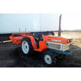 Трактор Kubota B1600DT