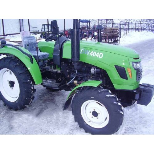 Трактор DW 404DR