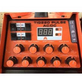 Аргонно-дуговой сварочный аппарат Искра Industrial Line TIG 220Pulse AC/DC