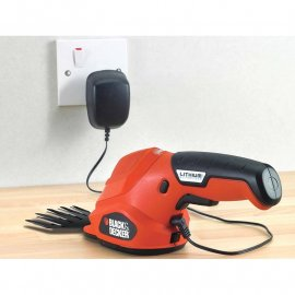 Садовые ножницы аккумуляторные Black&Decker GSL200