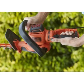 Кусторез Black&Decker BEHTS551